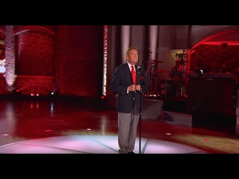 Wink Martindale Performs His Patriotic Anthem I Stand  Huckabee
