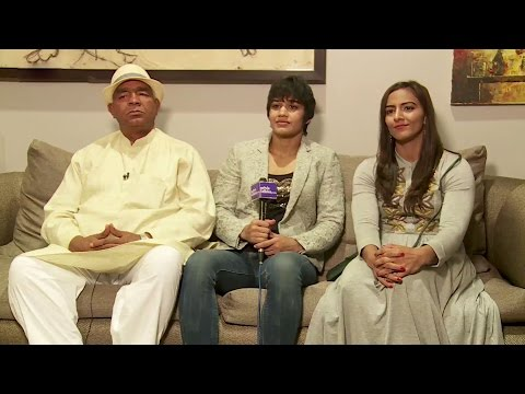The Real Dangal Mahavir Singh Phogat With Geeta Phogat And Babita Kumari Phogat Interview