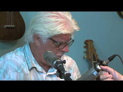Michael McDonald Sings with Ukelele