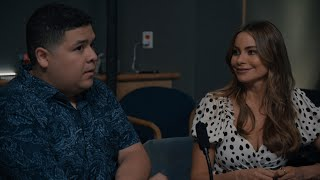 Gloria Helps Manny Try To Win Back Sherry - Modern Family