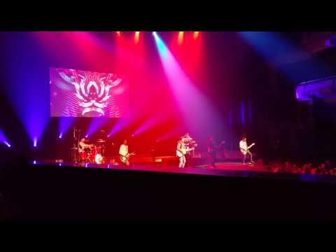 NOAH - Diatas Normal (Live in Singapore 2015)