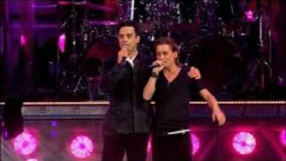 mark owen and robbie williams live at knebworth.