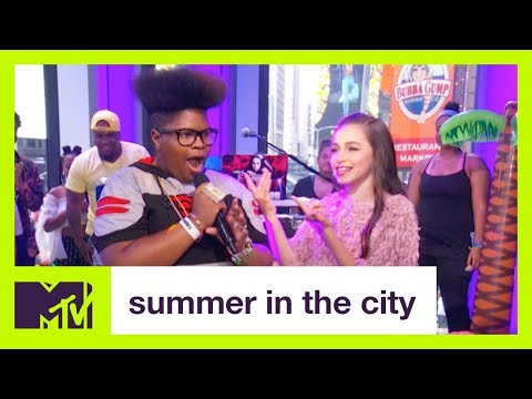 Sky Katz Fan Performs A Remix of the 'That's So Raven' Theme Song  | Summer in the City | MTV