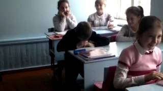 01 10 2014 школота  сравнение 5 и 11 класса ко дню учителя
