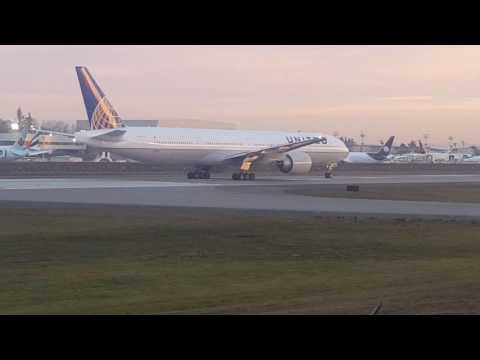 United Airlines 1st 777-300ER Delivery to KSFO.