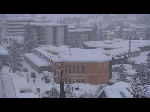 euronews (in English): World Economic Forum in Davos battles snow... and awaits Trump