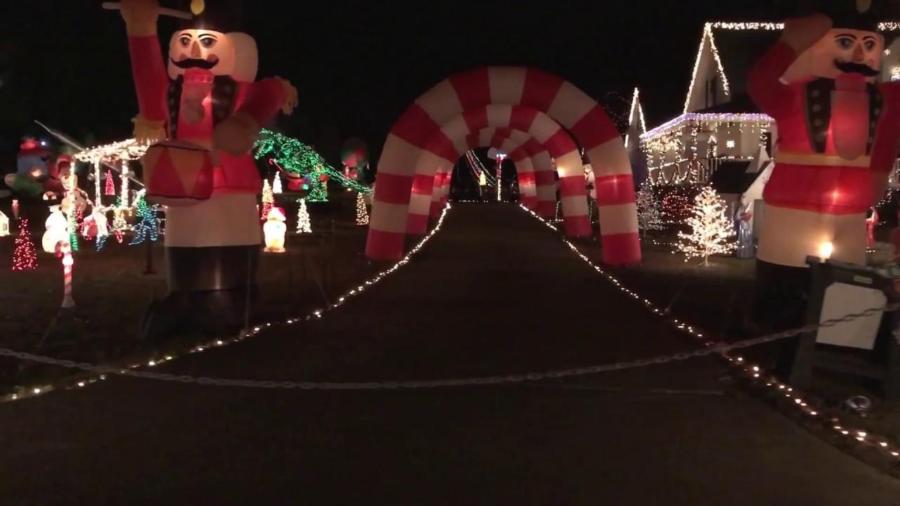 Happyland Christmas Lights, Raleigh NC - YouTube