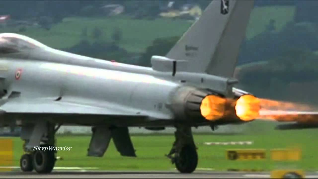 F-22 Raptor vs Eurofighter Typhoon. - YouTube