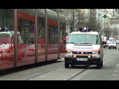 2 Czech hospital based medical transport ambulances responding [4.2014]