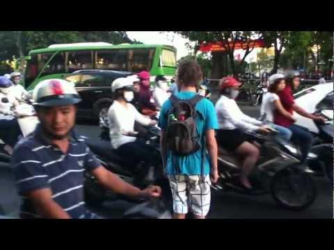 How to cross a street in Ho Chi Minh City (Saigon), Vietnam