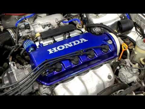 Honda Integra üst Kapak Boyasının Sökülmesi By Serdar Yalçın
