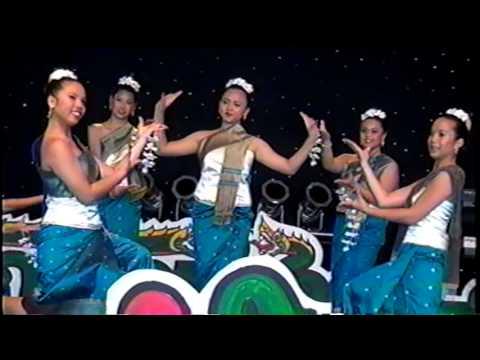 Lao Traditional Dance : Fon   Champa Muang Laos. On Lao-Thai New year 2013.