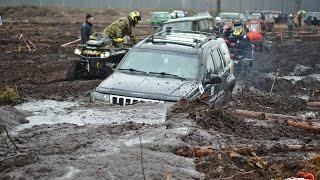 Jeep Grand Cherokee утонул в грязи. Благотворительный трофи-рейд ЧерноМор с Добрым сердцем 2017.