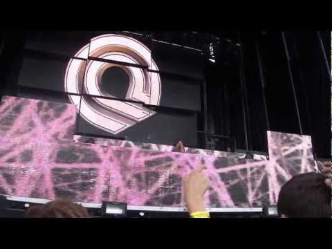 Waiting (feat. Emma Hewitt) - Dash Berlin (Live at Electric Zoo)