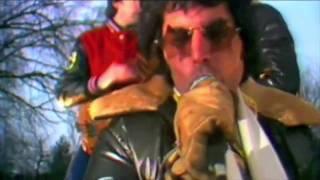 "Video ""We Will Rock You"" - Queen [High Definition] download MP3, 3GP, MP4, WEBM, AVI, FLV Oktober 2017"