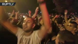 Hundreds rally in E Jerusalem as metal detectors & cameras are taken away from Al Aqsa Mosque