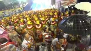 Viradouro 2015 - Início do Desfile