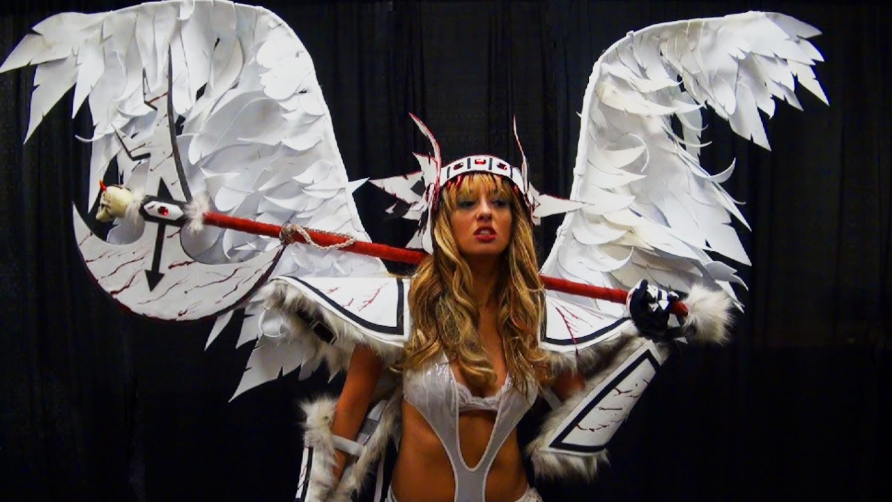 How To Make Your Own Angel Wings For a Halloween Costume  sc 1 st  YouTube : make your halloween costume  - Germanpascual.Com