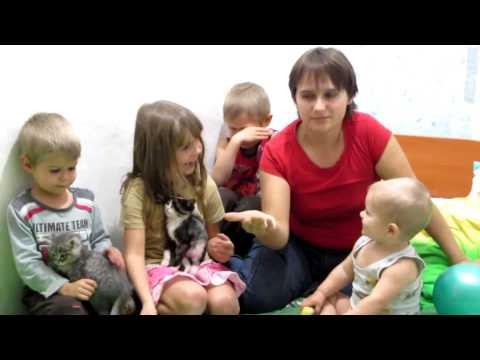 Семья Бровченко. С какгого возраста приучать ребенка к порядку и складывать за собой игрушки.
