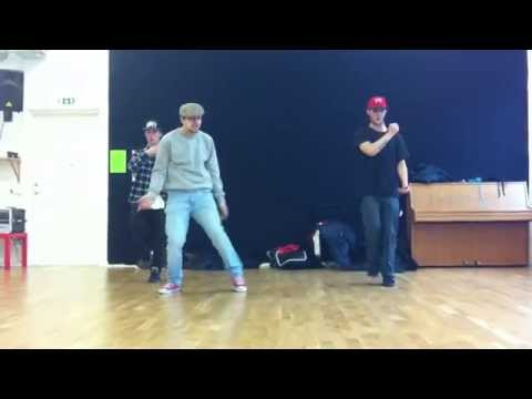 Moonwalkers reahersal for new choreography