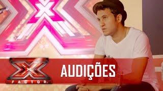 Victor se sentiu pelado sem o violão | X Factor BR