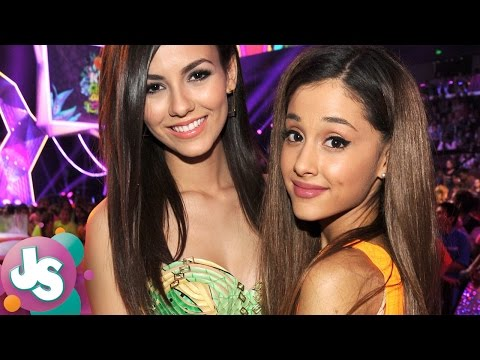 Victoria Justice SHADES Ariana Grande in This Old 'Victorious' , and the Internet LOVES It