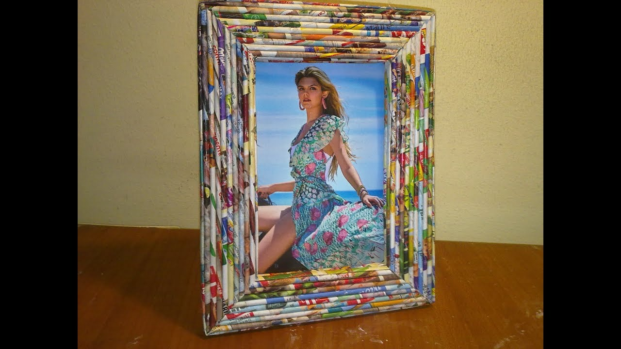 Porta Retratos, Photo frame making at home with newspaper