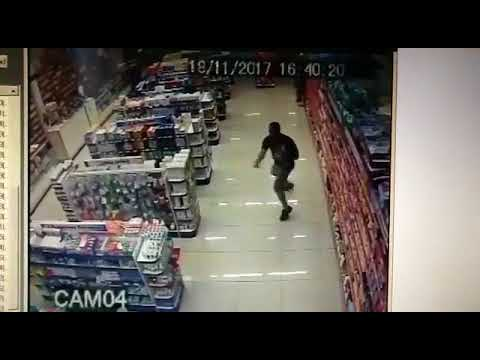 brazilian cop fires at robber with baby in arm Mp3