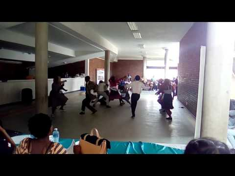 Kofifi Dance by The CiTIZEN yOUTH-CLUB 2016 ( ZOE ACADEMY AUDITIONS)