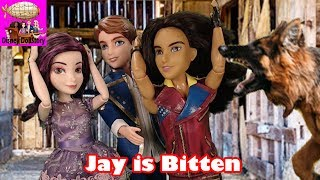 Jay is Bitten - Part 6 - Whodunnit Island Mystery Descendants Disney