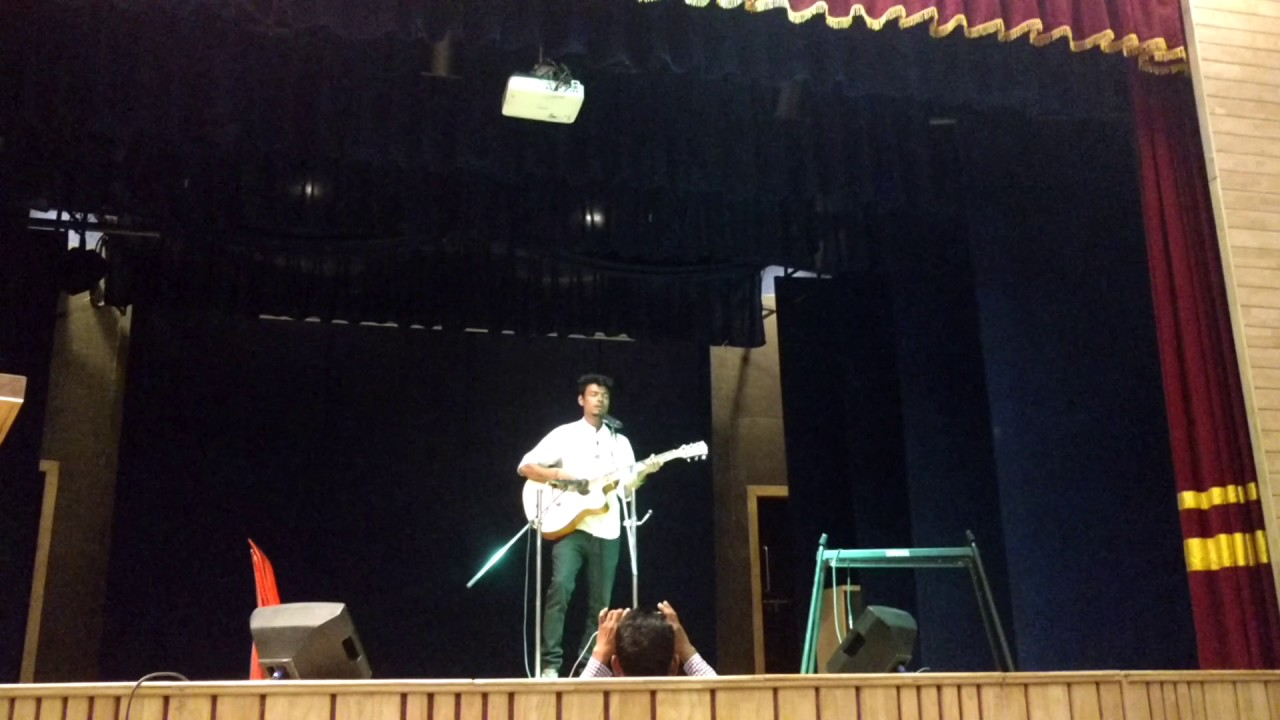Gulabi aankhen..... with guitar Bitotsav 2017 - YouTube