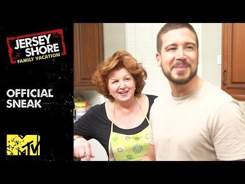 'Vinny's Mom's Surprise Dinner' Official Sneak Peek   Jersey Shore: Family Vacation   MTV