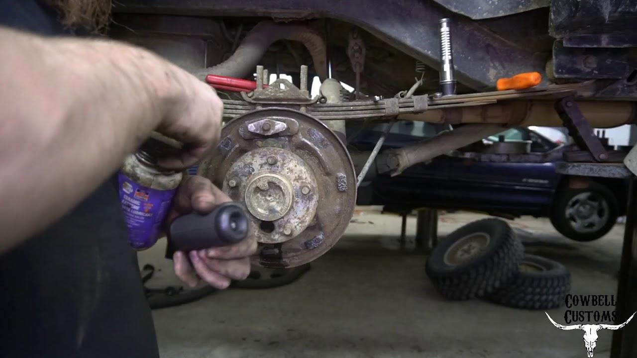 Jeep Cherokee Rear Brake Shoe Replacement Youtube