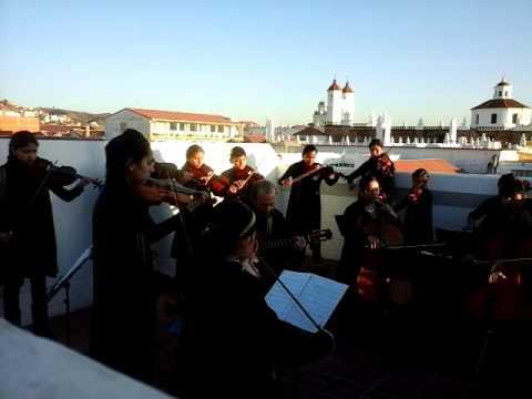 Concierto de Música Folclórica del Ensamble Suzuki