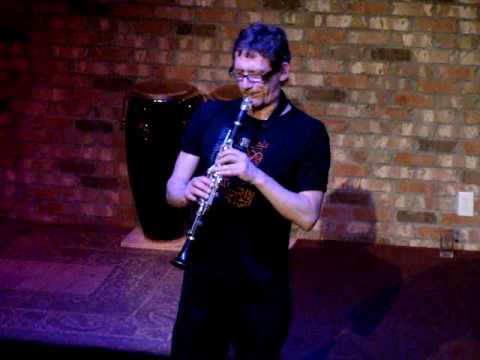 "Frank Gratkowski plays "" a little clarinet music"" !"