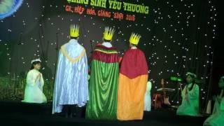 3 vua dâng lễ vật
