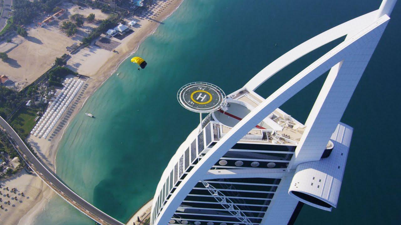 Burj Al Arab Helipad Skydive Landing Youtube