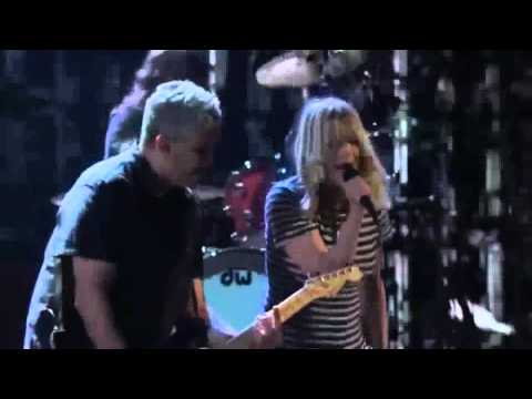 Nirvana/w Kim Gordon - Aneurysm (Rock And Roll Hall of Fame 2014) HD