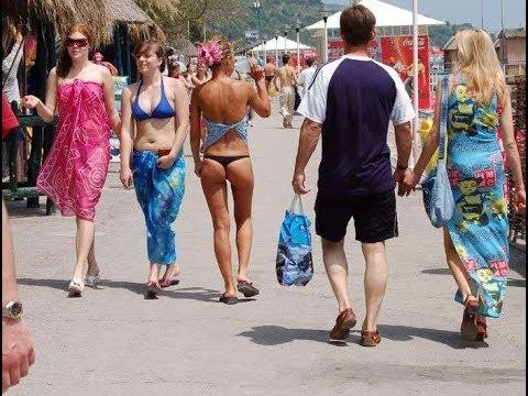 Посёлок Новомихайловский. Пляж, море, набережная, отели, развлечения, сувениры.