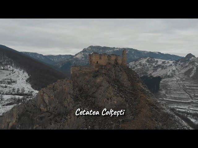 Cetatea Colțești în amurg ...