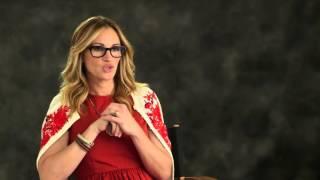"Video Secret in Their Eyes: Julia Roberts ""Jess"" Behind the Scenes Movie Interview download MP3, 3GP, MP4, WEBM, AVI, FLV Juni 2018"
