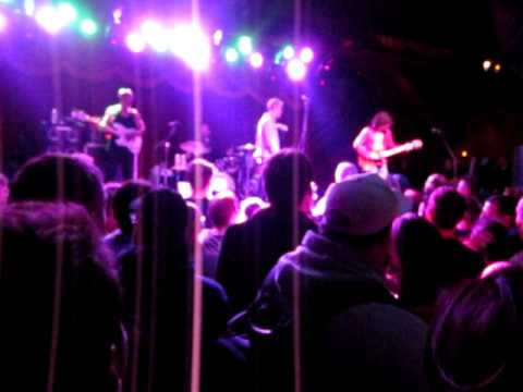 Spin Doctors-10/23/11-Brooklyn Bowl-How Could You Want Him When You Know You Could Have Me? mp3