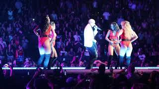 Pitbull - Shake/Culo - Oakland, CA 2017