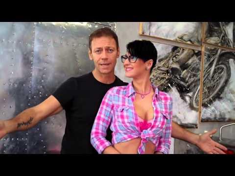 Rocco Siffredi presenta la sua Arisa pornostar from YouTube · Duration:  1 minutes 38 seconds