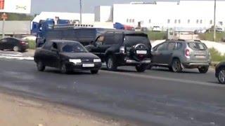 Строительная пена окатила авто и трассу.(, 2015-09-16T14:41:25.000Z)