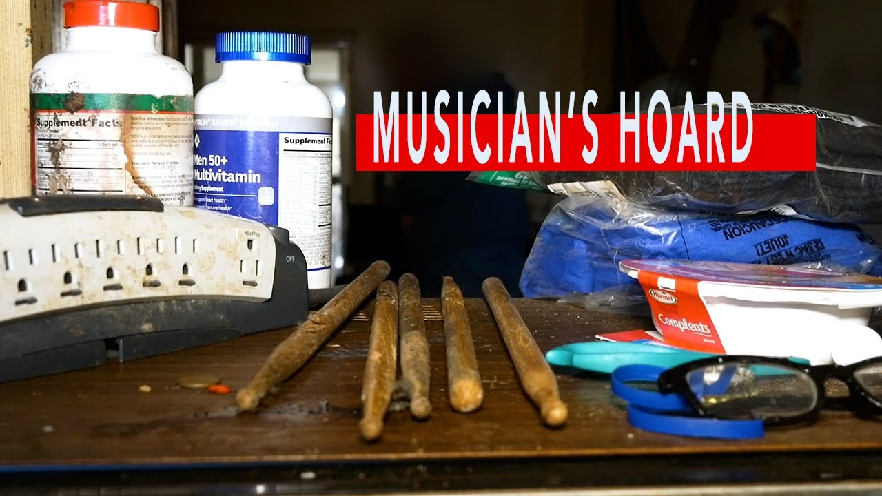 Moldy House Hoarded with Musical Instruments | Tampa, FL