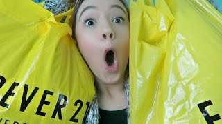 Try-On Forever 21 HAUL! | DAY 17 VLOGMAS 2016 with Fiona Frills