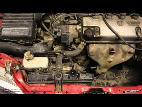 How works radiator reserve coolant tank in car