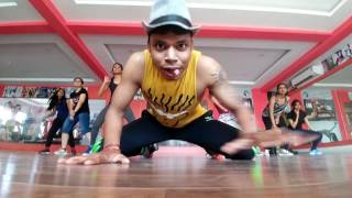 Nashe si chad gayi re - Dance fitness Zumba Choreo by Jo Danzbiker