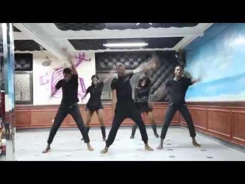 Gitano Feat. Luis Enrique Dos Santos - Baila Baila